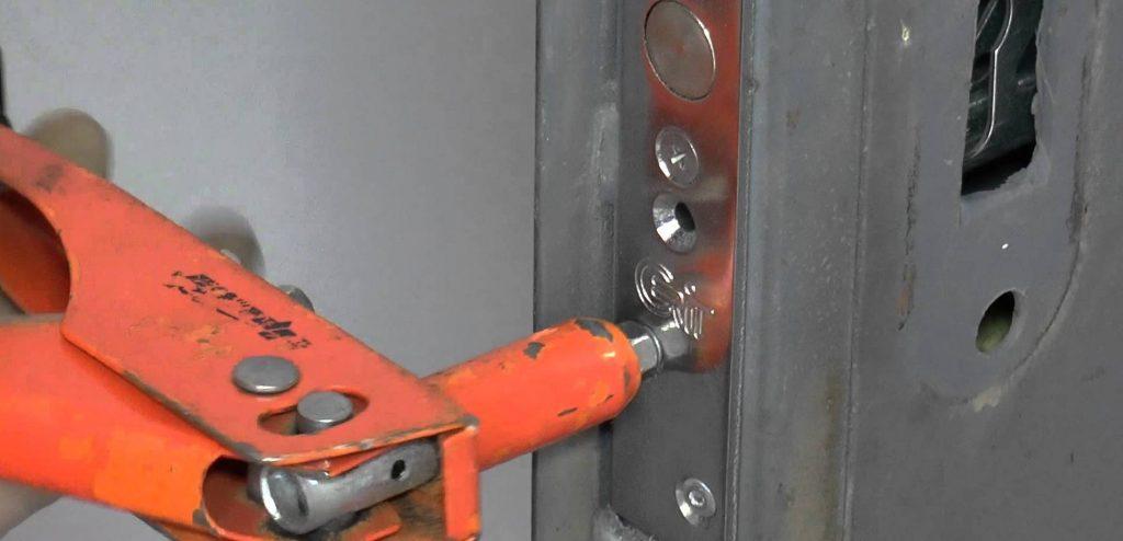 Ремонт личинки замка входной двери
