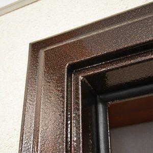 Ремонт коробки входной металлической двери
