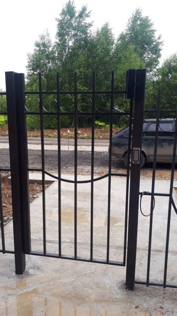 Установка магнитного замка на калитку с кодовой панелью и видеодомофоном Tantos в Спас-Каменка Дмитровское шоссе